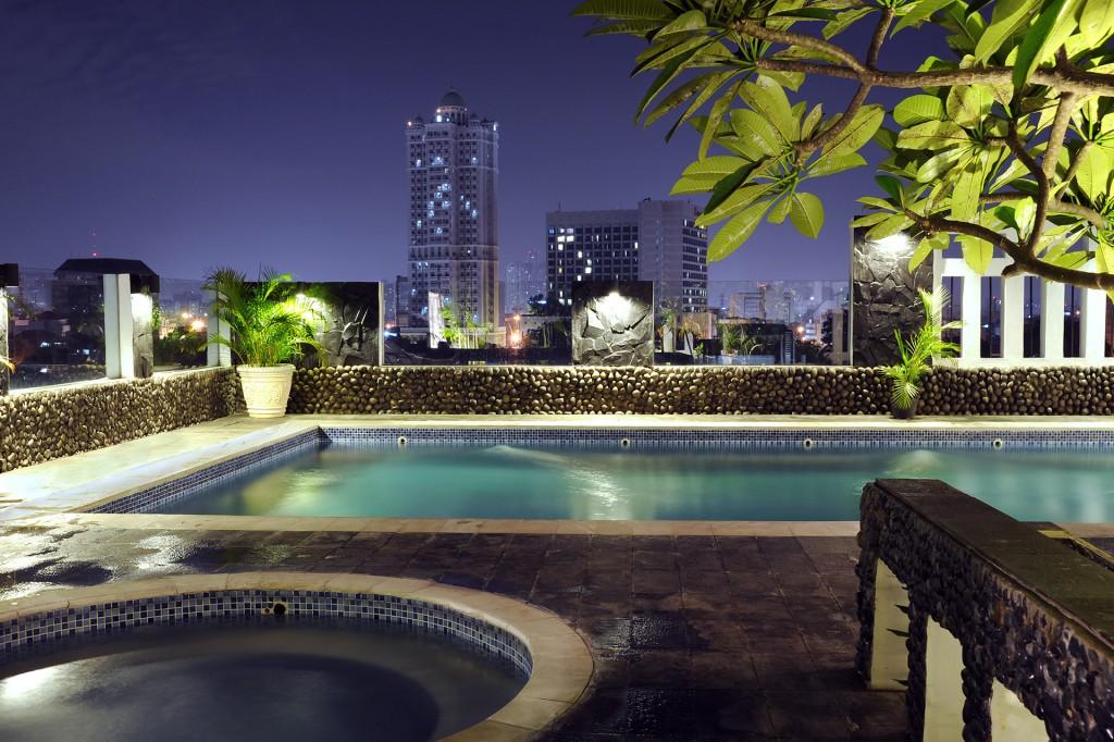 Rooftop Hotel Pool in Jakarta