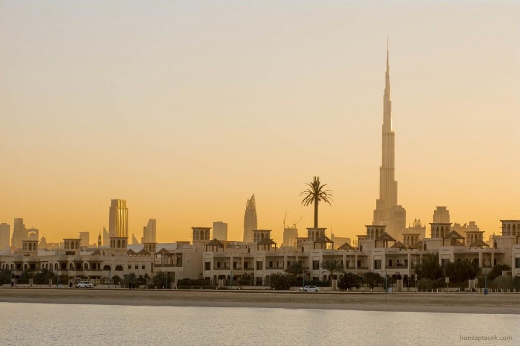 Dubai sunrise - Burj Dubai (Burj Khalifa)